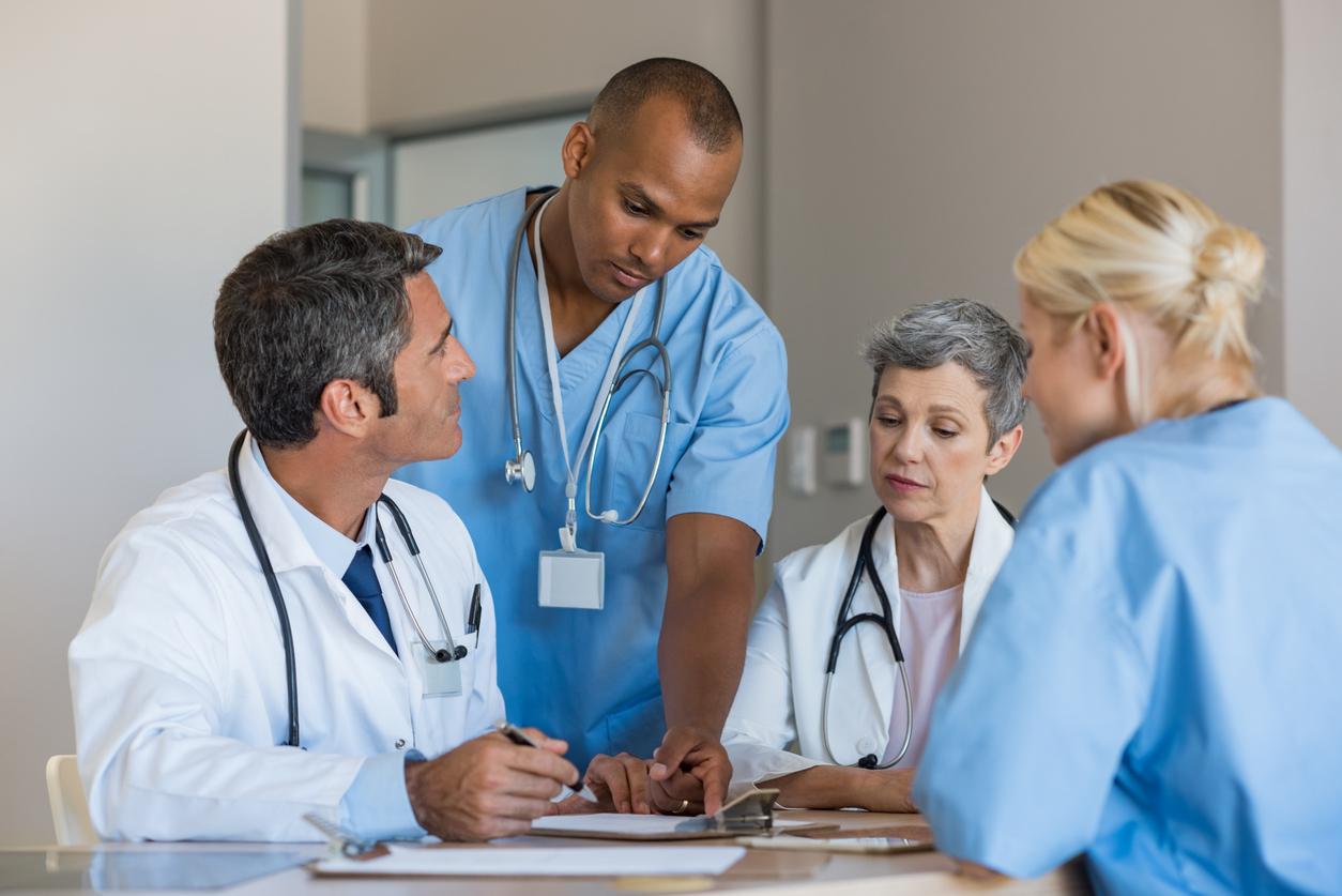 O que é a clínica ampliada e como ela funciona na prática?